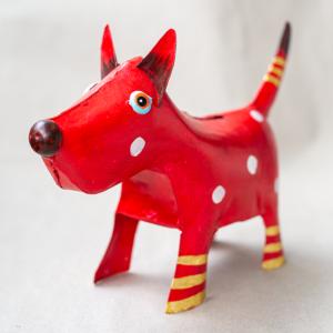 Dekorative Metall-Spardose Hund rot mit Punkten
